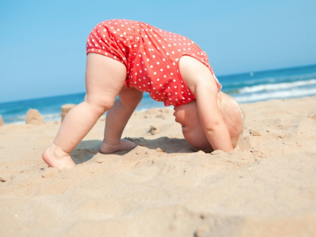 6 Ways to Enjoy a Beach Vacation with Your Baby