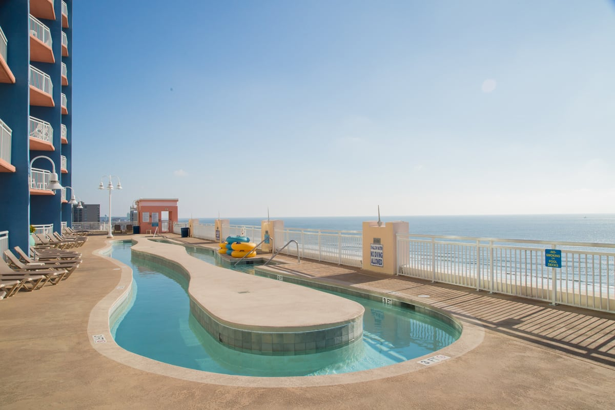 Gallery rooftop-swimming-pool1.jpg